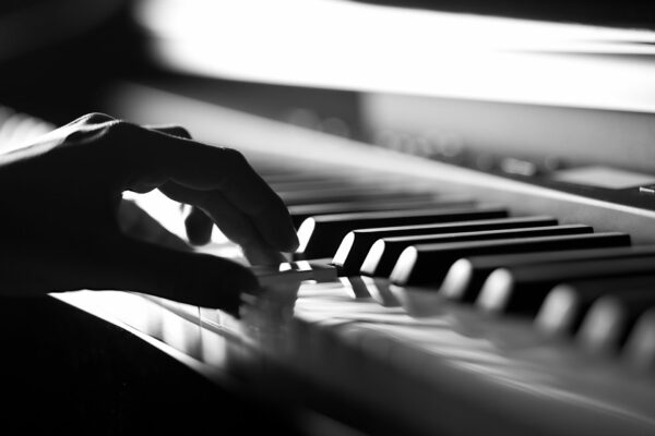 Piano Shutterstock